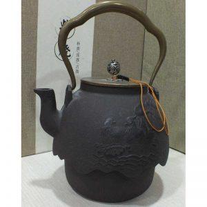 Teapots-Cast Iron